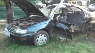 В Благовещенске из-за столкновения двух автомобилей в больницу попали люди, сидевшие в ...(По предварительным данным, виновата женщина-водитель Ссылка на сайт http://video.amur.info/news/2015/08/14/13245., 2015-08-14T06:31:36.000Z)