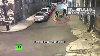 Камеры наблюдения в Сан-Франциско зафиксировали новый случай полицейской жестокости(В США разгорается новый скандал вокруг полиции: в Сан-Франциско камера видеонаблюдения засняла двух страже..., 2015-11-16T18:44:34.000Z)