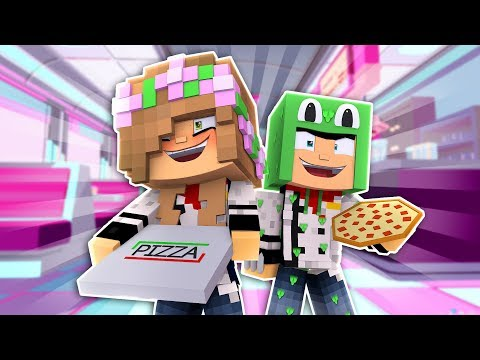 OPENING A RESTAURANT IN OUR HOUSE! Minecraft Home Alone | Little Kelly