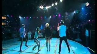 Yuri con Sasha, Benny & Erick - El baile del sapo