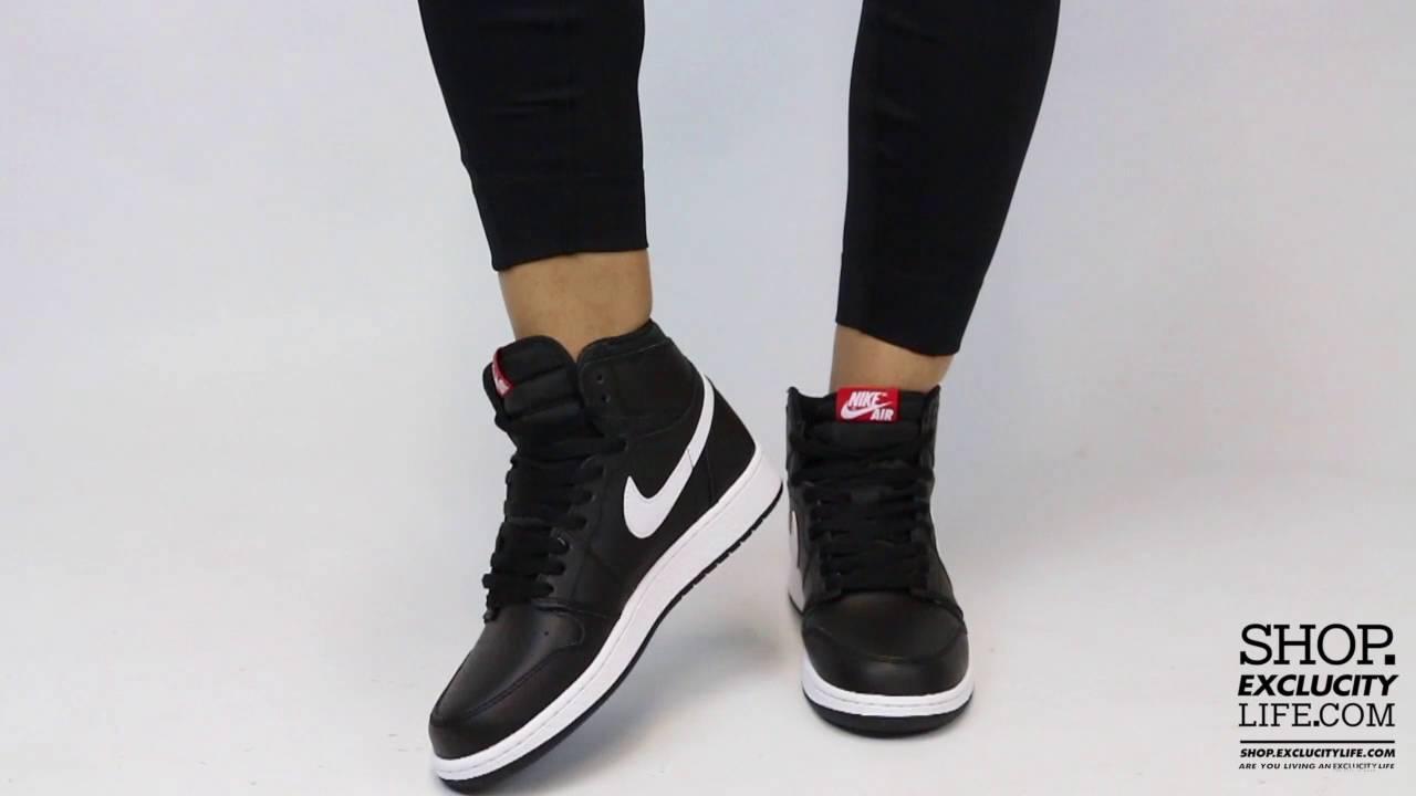 hot sale online 5a050 380e7 Women's Air Jordan 1 High Retro Black White On feet Video at Exclucity