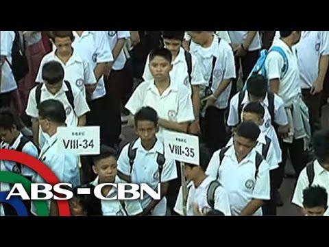 Bandila: Sa kabila ng K to 12, ilang estudyante maaaring magtuloy sa college