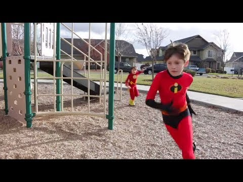 Dash Vs The Flash | The Ultimate Superhero RACE! - BeaheroKids