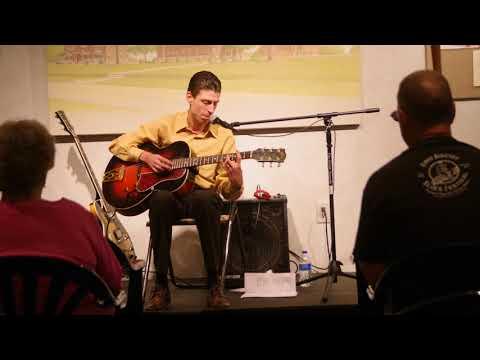 08 13 17 Little Joe McLerran @   Second Sunday Sandburg Songbag 6059