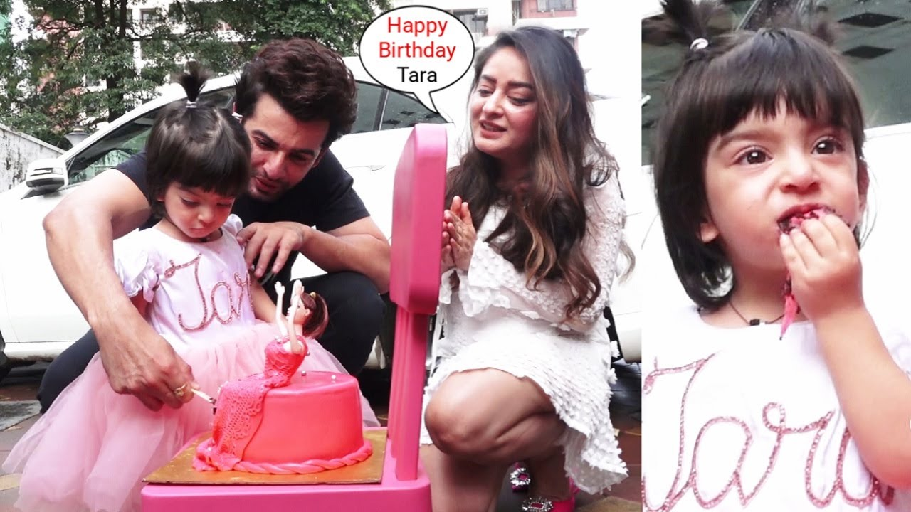 Mahhi Vij And Jay Bhanushali Rejoice Daughter Tara Bhanushali Vij 2nd Birthday With BarbieDoll Cake🍰