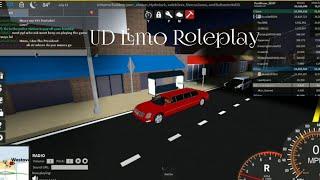 Roblox Ultimate Driving: roleplay de limusine presidencial em uma limusine vermelha