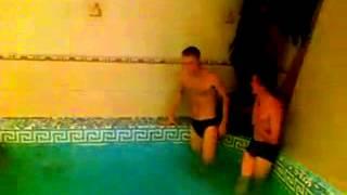 видео: Пловец