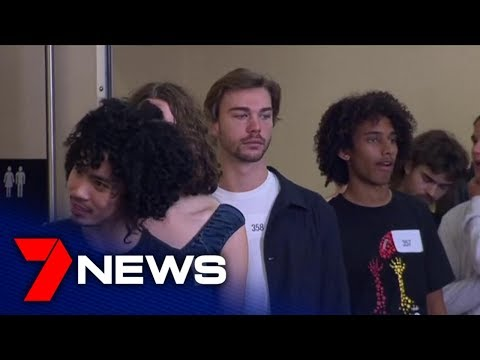 Melbourne Fashion Week model auditions  | 7NEWS