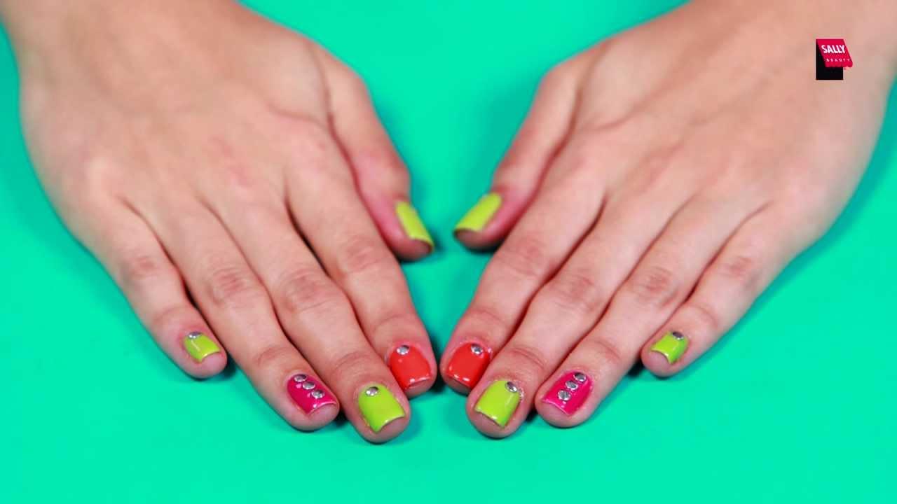 como sacar esmalte de uñas sin acetona
