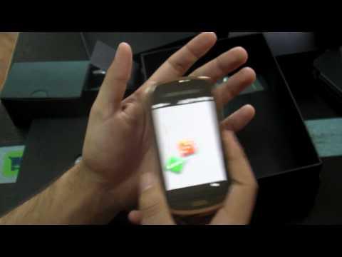 Samsung B7620 Giorgio Armani Hands on HD - www.TelefonulTau.eu -