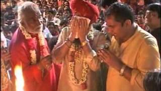Aarti Kijiye Hanuman Lala Ki....Lakhbir Singh Lakha Live Delhi Rangpuri 2009
