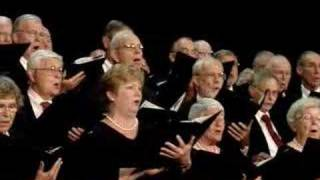 "Village Voices & Harmony Grits perform ""New York, New York"""