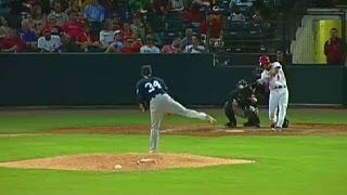 Pete Kozma hits a three-run homer for the Redbirds