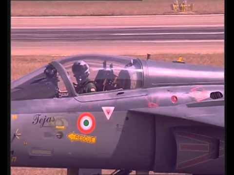 PM Modi inaugurates 'Aero India-2015' in Bengaluru
