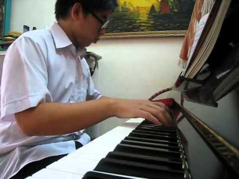 An jardin secret playin piano youtube for Jardin secret piano