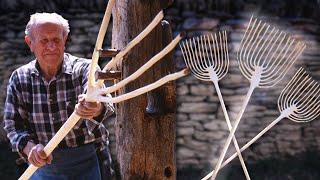 Horca artesanal para su uso en el campo. Proceso de fabricación   Oficios Perdidos   Documental