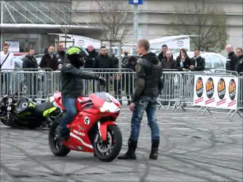 stunt par simon mtz - ducati 848 - youtube