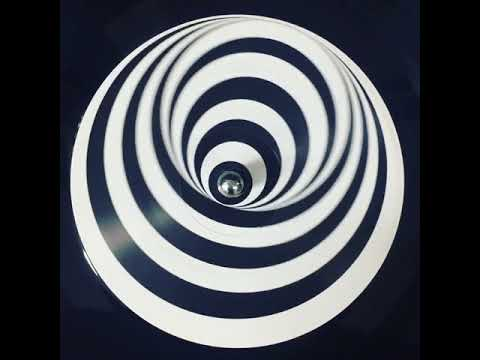 Crazy Optical Illusion On Old Surf Guitar Vinyl Record Label