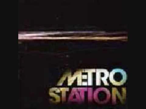 Metro Station - Shake It + Lyrics + Download