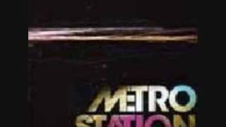 Metro Station - Shake It + Lyrics + Download