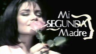 Mi Segunda Madre – Moments In Love