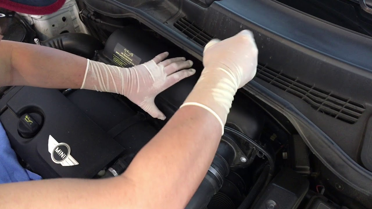 How To Replace 2013 Mini Cooper Countryman Air Filter Youtube
