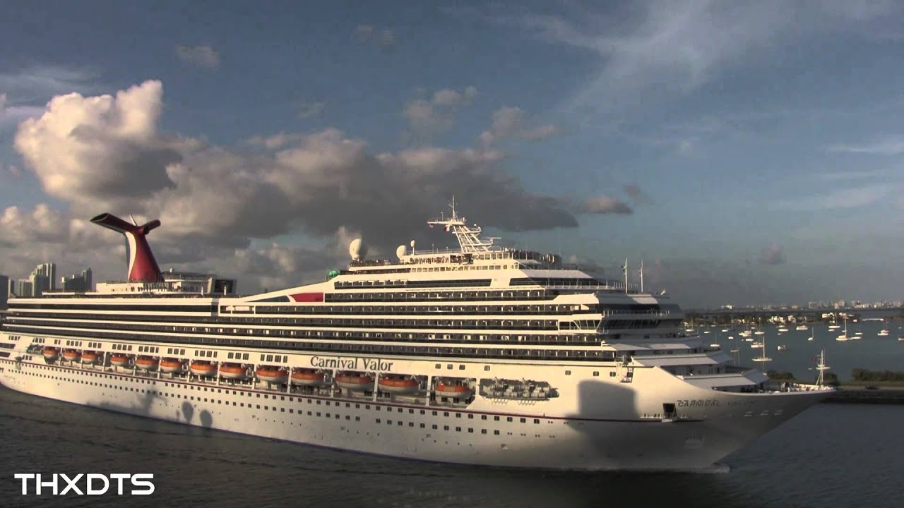 Cruise Ship Horn Battle From The Carnival Breeze Jan 2013 Hd 1080p Youtube