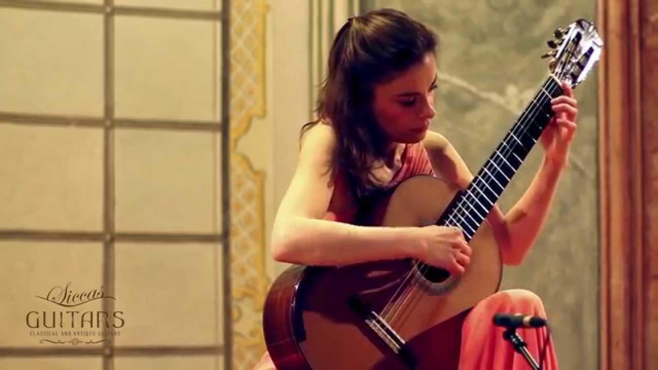 Ana Vidovic plays Sonatina - II. Andante by Federico Moreno Torroba