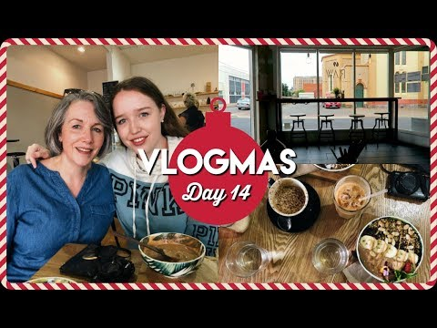 WE'RE SUCH A WEIRD FAMILY! | Vlogmas Day 14