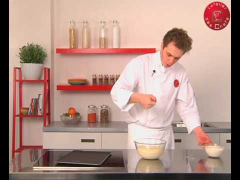 Technique de cuisine r aliser une p te pain youtube for Technique de cuisine