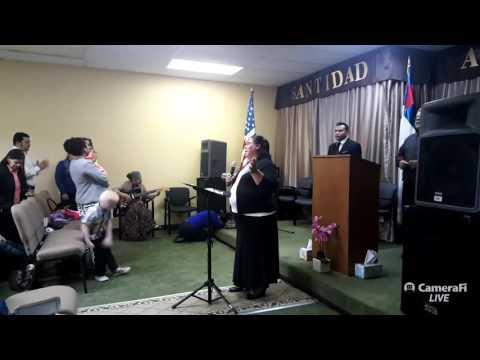 Iglesia Pentecostal Roca de salvacion High Point NC Predicando el hermano Mainior Solar