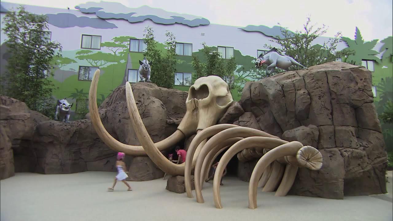 Car Show Orlando >> Disney's Art Of Animation Resort. Lion King Wing - YouTube
