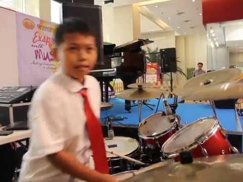 Di Bawah Langit Yang Sama - D'Masiv (Drum Cover by Kindy 9 Years Old)