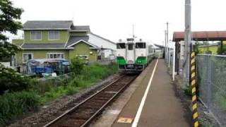 JR石巻線1636D曽波神駅を出発