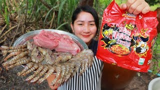 Tasty Hot Spicy Korean Noodle Cooking Shrimp - Cooking With Sros