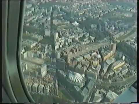 Rundflug Flight over Berlin 2004  (uncut) over the city center Potsdamer Platz, Siegessäule,