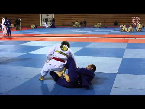 BJJ Red Belt Grand Master Hilton Leao rolling with Black Belts in Abu Dhabi