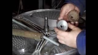 Новый съёмник подшипников.  Восстановление вала стиральной машины.(Ещё один ремонт бака стиральной машины. Пришлось сделать новый съёмник и восстанавливать прослабленный..., 2016-12-08T18:52:35.000Z)