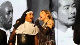 Madonna -  Unapologetic Bitch Torino 19 November