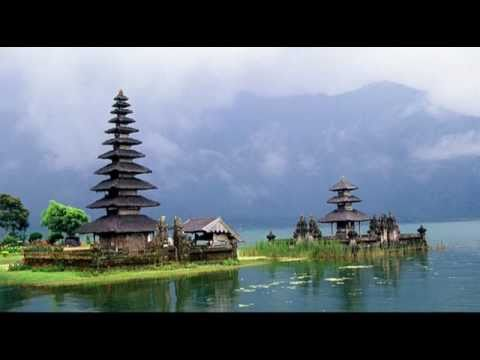 Gamelan Bali (Balinese Gamelan) - Traditional Music