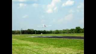 David Matthew Bishop DA40 first solo landing #2