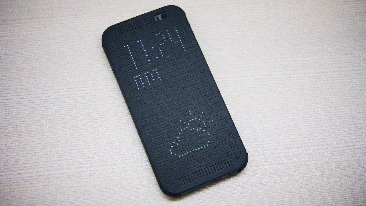 HTC One (M8) Dot View Cover Review - YouTube