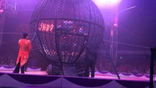 Yo mero en el Globo de la Muerte en el Circo Hermanos Caballero en Lynwood, CA!