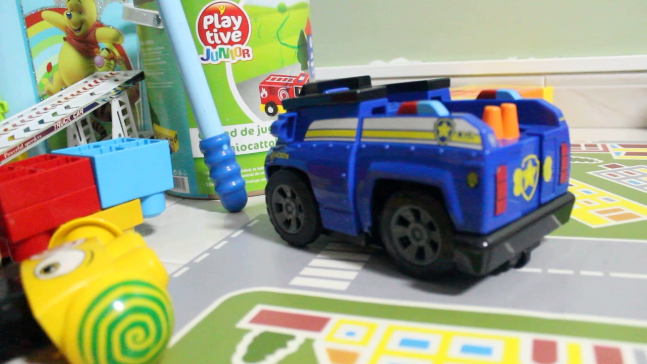 Paw Patrol On A Roll Chase Police Car Crash Mega Bloks Wall