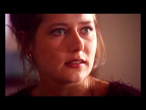 Charlot og Charlotte and Taxa. Sidse Babett Knudsen Scenes. from YouTube · Duration:  4 minutes 47 seconds