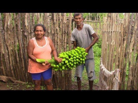 NA CASA DA MARIA SORRIDENTE ÁGUA DE COCO E BANANA