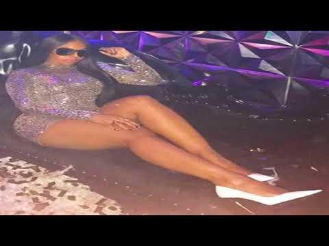 Ashanti Douglas has better legs than Tina Turner! Singer has the best legs in the music business!