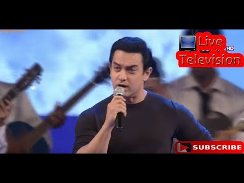 Amir khan singing a song of 3 idiots movie  Live Televisoin