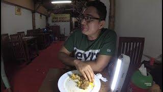 Indonesia Garut Street Food 4628 Part.2 Padang Food RM Duo Muaro Enak Murah  YN010281
