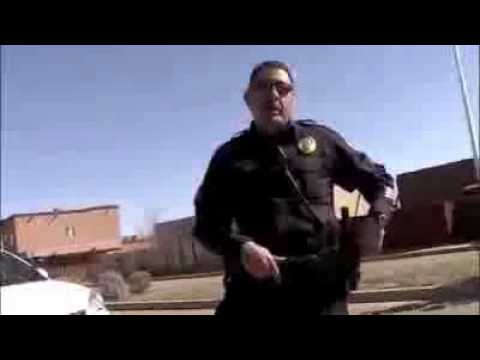 Santa Fe Police Confront Man for Open Carring Legally